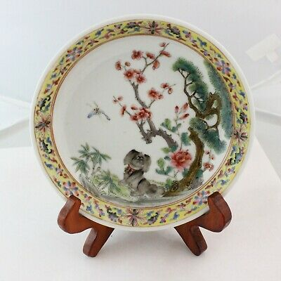 Antique Chinese Dog famille rose Porcelain small dish / plate