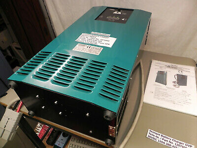 * TENNANT 1071811 ** new charger ** neues Ladegerät ** Model CBHF6 ** 36V/100A *