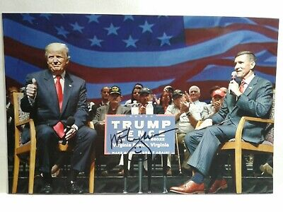MICHAEL FLYNN Hand Signed Autograph 4X6 Photo with DONALD TRUMP - US NS ADVISOR