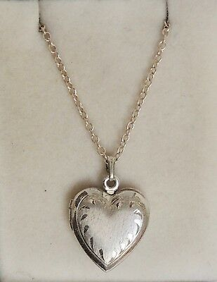 Vintage, Sterling Silver 925 Locket with Necklace.