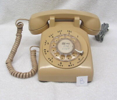 Vintage Western Electric 500 MM Rotary Dial Bell System Phone - BEIGE B