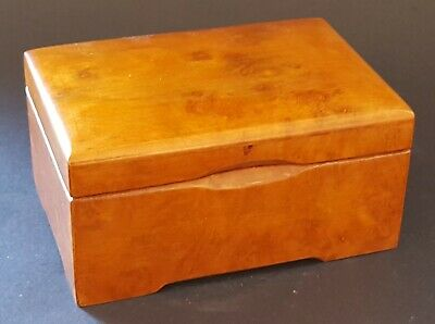 Walnut wood vintage Art Deco antique hinged jewellery / trinket box