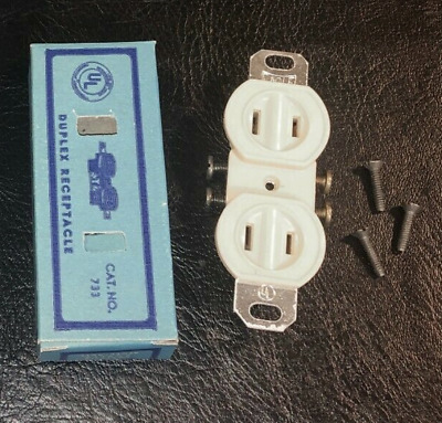 10x Vintage Eagle Bakelite Outlet Receptacle 733 Ivory 15A 125V NEW Old Stock