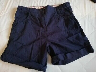 Mountain warehouse Navy Girls Walking Trousers & shorts 2 items Age 11-12 years