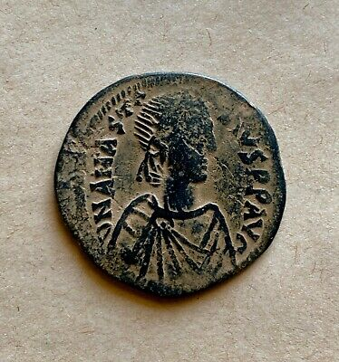 Large byzantine bronze follis of emperor Anastasius I (491-518). Excellent coin!