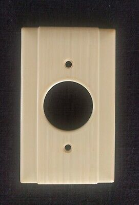 Vintage Ivory Bakelite Single Outlet Wall Plate Cover, Art Deco Round Ribbed
