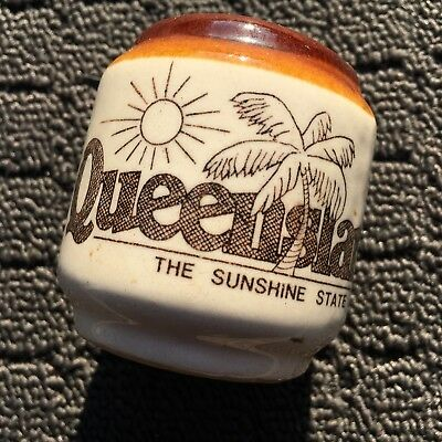 "QUEENSLAND SUNSHINE STATE ""Brown"" Souvenir Ceramic Salt Shaker Dispenser"
