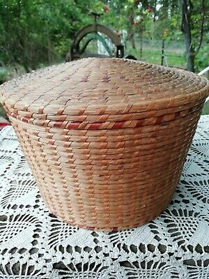 Antique Oriental Chinese Hand Woven Wicker Straw Lidded Basket Circa 1900