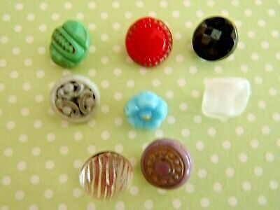 Pastel Button Assortment in Assorted Sizes and Packs of 10 100 from 99p 20 50