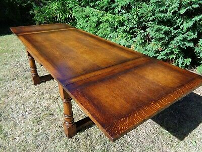 A LARGE TITCHMARSH & GOODWIN 9ft OAK EXTENDING REFECTORY DINING TABLE