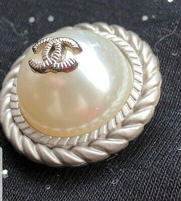 """1 Chanel CC SILVER Pearl Button  25 mm 1"""" - BEAUTIFUL High Quality"""