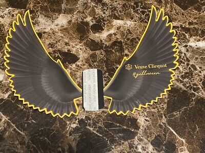 Authentic Veuve Clicquot VCP Signature Yellow CROWS YELLOWEEN Decoration RARE