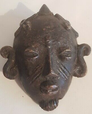 Old Bronze Baule Hip Mask