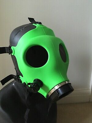 Horror Halloween Toxic Green Silicone Gas Mask With Black Lenses