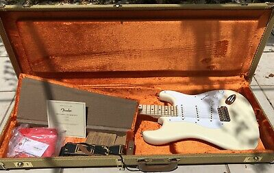 FENDER American Eric Clapton STRATOCASTER Electric Guitar OLYMPIC WHITE ++LOOK++