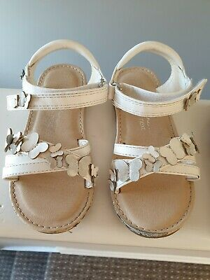 Girls Shoes Grosby Capri White or Pink Leather Upper Sandals Size 4-12 New
