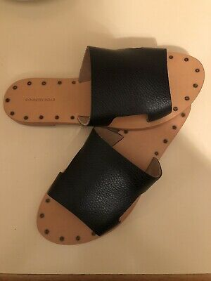 Country Road Shoes Black Leather Slides Shoes 9 / 40 New