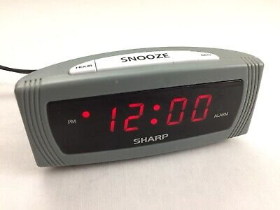 VINTAGE Sharp Compact Travel Digital LED Alarm Clock w/ Snooze Gray Model SPC054