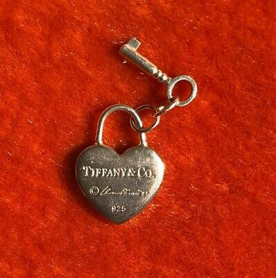 Return to Tiffany & Co. Heart Key Pendant 925 Sterling Silver Great Condition