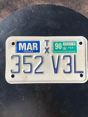 1990 Texas Moped Motorcycle License Plate 352 V3L
