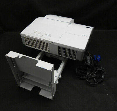 Hitachi CP-A222WN Short Throw HDMI LCD Projector Excellent Image - Lamp 2089 hrs