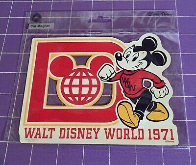 Disney Parks Walt Disney World 1971 Mickey Mouse Auto Car Refrigerator Magnet