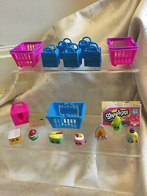 Shopkins Mixed Season with Bag and Baskets Bundle 17 Pieces & List