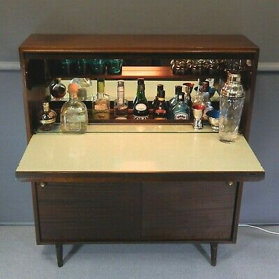 Robert Heritage Cocktail Cabinet Multi-Width Beaver & Tapley Vintage Drinks Bar