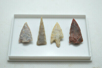 4 x high grade NEOLITHIC FLINT ARROW HEADS with damage, pre historic tools+ box