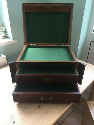 Vintage Wooden Mahogany Chest/Medal/Coin Collectors Cabinet