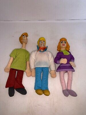 Lot of 3 Scooby Doo Dolls W/ Plastic Heads Cartoon Network Daphne Fred & Shaggy