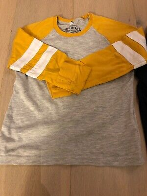 2 M&S Boys Jersey Tops Age 4-5