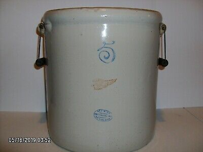 ***Red Wing Potteries Inc.*** Stoneware 5 crock with bale handles