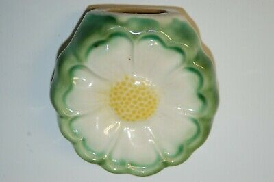 "Vintage Wall Pocket 4"" diameter - Yellow & Green Flower"