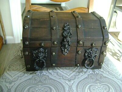 """Vintage Large Wooden """"Treasure Chest"""" Jewelry Trinket Box Must L@@K"""