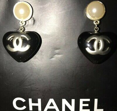 *Estate Sale*Chanel Vintage Gold Tone Black Heart & Pearl CC Preowned Earrings