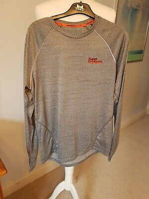 Mens superdry sport t shirt size small