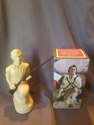 Avon Vintage Minuteman Decanter Full Wild Country After Shave Orig. Box
