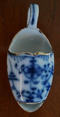 Antique vintage apothecary medicine boat spoon dosage dispenser porcelain
