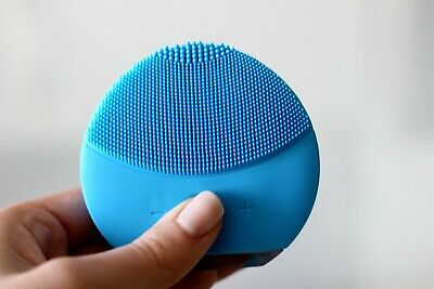 FOREO Luna Mini 2 T-Sonic Facial Cleansing Brush - Blue