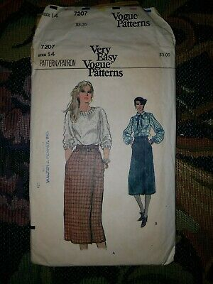 Vintage Very Easy Vogue Sewing Pattern 7207 Skirt Size 14