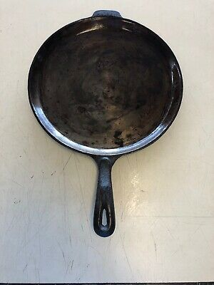 Wagners 1891 Original Cast Iron Cookware 11 1/4 Inch Round Skillet Griddle Pan