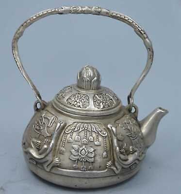 China Collectable Handwork Old Miao SIlver Carve Lizard & Flower Lucky Tea Pots