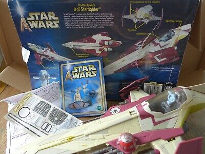 Star Wars Attack of the Clones Obi-Wan Kenobi's Jedi Starfighter (2001 Hasbro)