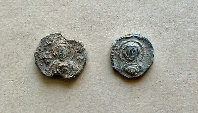 A lot of 2 Byzantine lead seals/siegels with Mother of God and monograms(7th c.)
