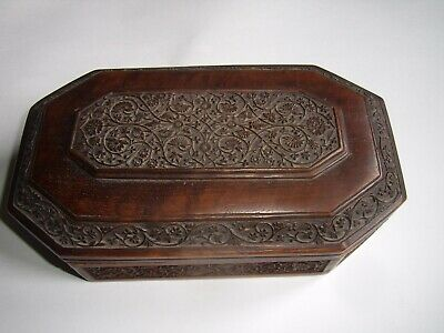 Antique Arts and Crafts hand carved oak jewellery box.
