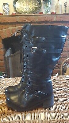 Military Style Lace up wide fit boots. Size 8 eee. Black.