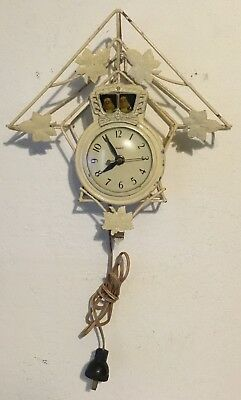 United Electric Motion Clock Bobbing Cuckoo Birds Model 50 - Cream Colored