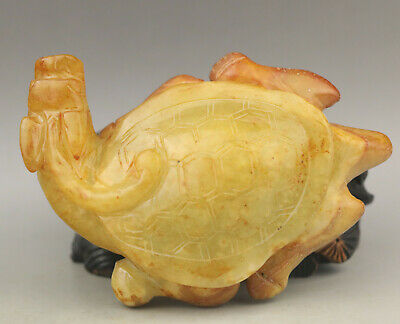 Old Chinese natural jade hand-carved tortoise statue