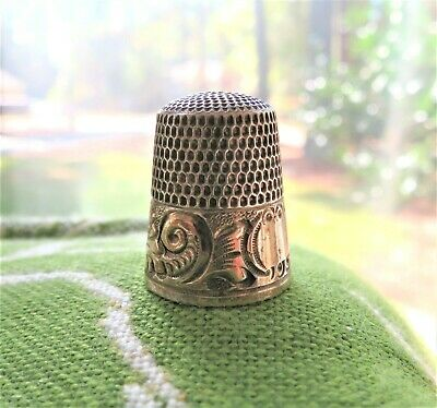 Antique Simons Bros Sterling Thimble Gold Plated Decorative Band & Dimple Top